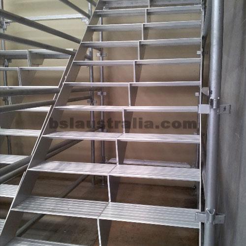 Aluminium Stretcher / Stair- 2M
